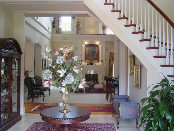 Harper-Foyer